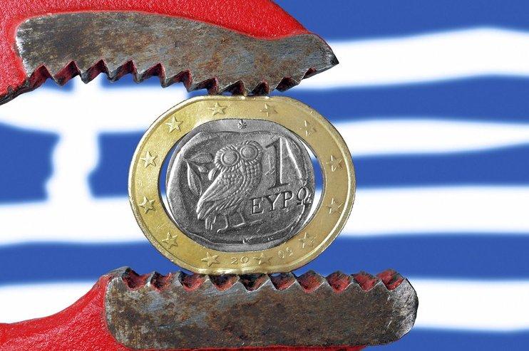 Греция вывела долг в