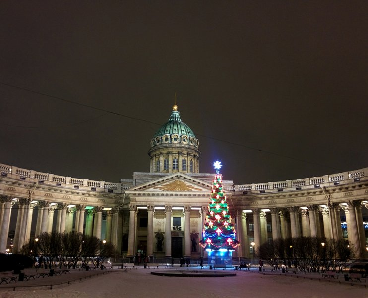 Как в России празднуют Новый год